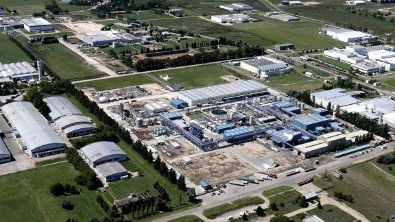 UIA: la actividad industrial bajó 2,2% interanual en julio y creció 8,4% mensual