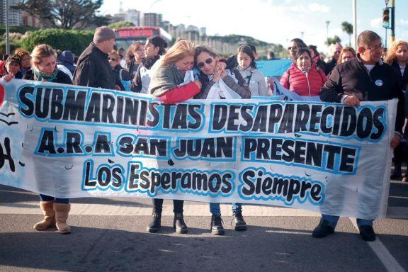 Denuncian espionaje ilegal  a familiares del ARA San Juan