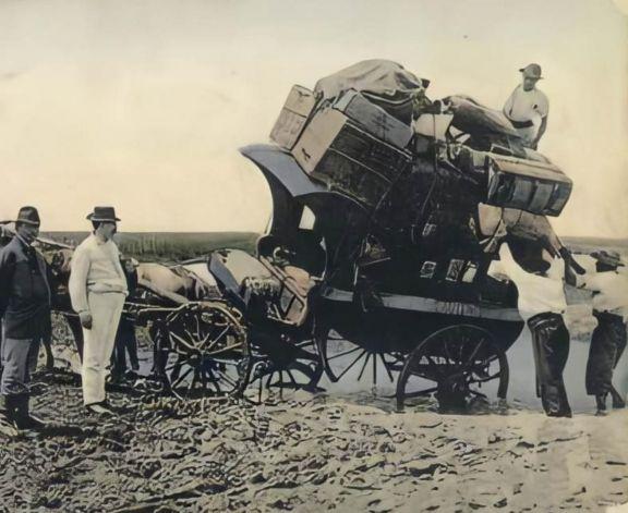 Por tierra y a caballo: las diligencias desde 1870