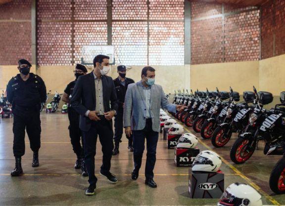 Herrera Ahuad entregó 50 nuevas motos para fortalecer la seguridad ciudadana