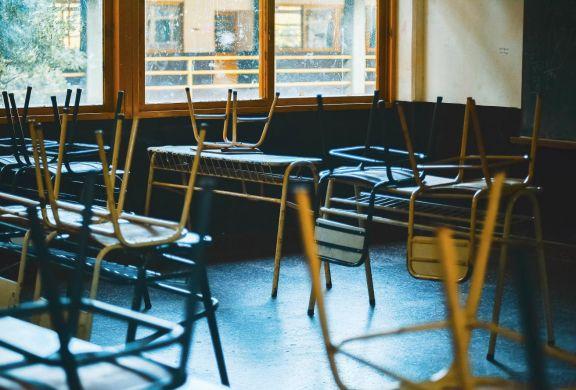 Abrirán centros de apoyo para chicos que perdieron contacto con la escuela