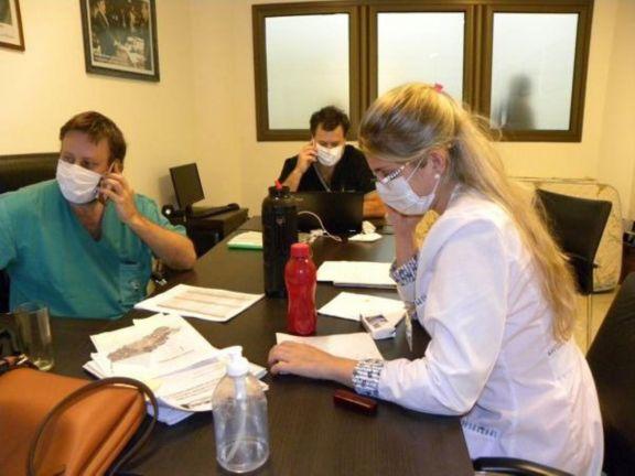 Covid: aumentan las consultas al 0800 e incorporan dos psicólogos