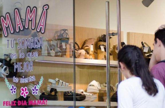 Expectativas ante las ventas por el Día de la Madre en comercios posadeños