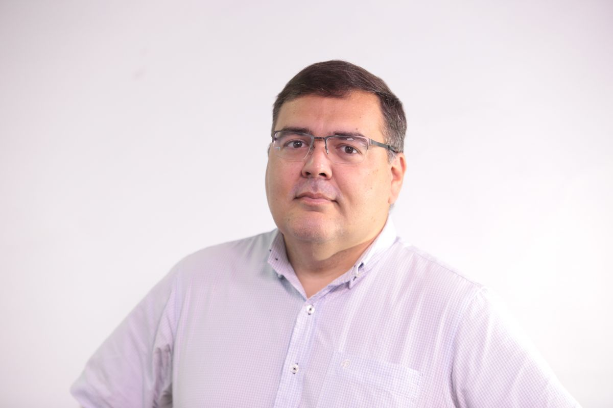 Víctor  Piris