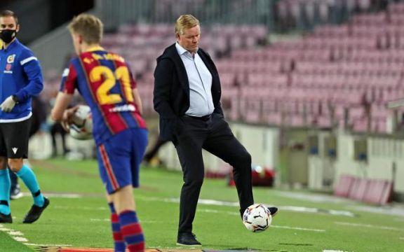 Ronald Koeman fue destituido como entrenador del Barcelona
