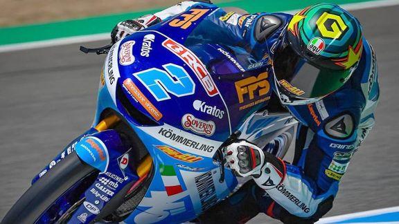 El argentino Rodrigo abandona el GP de Aragón al caer en la primera vuelta