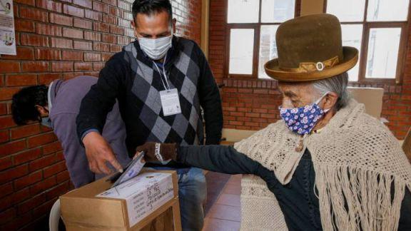 Comenzó la elección en Bolivia en un clima tenso y de polarización política