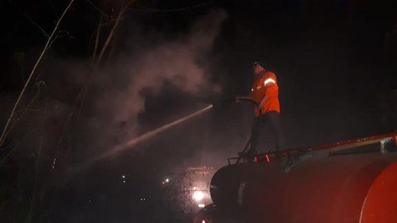 Bomberos de Eldorado sofocaron incendio en el basurero municipal