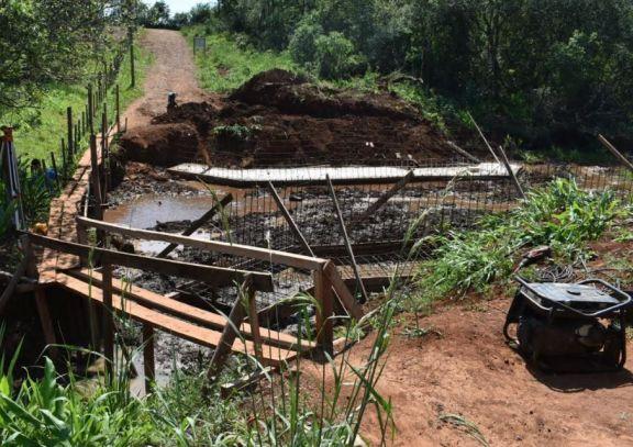 San Pedro: avanzan con la construcción del puente en barrio San Miguel