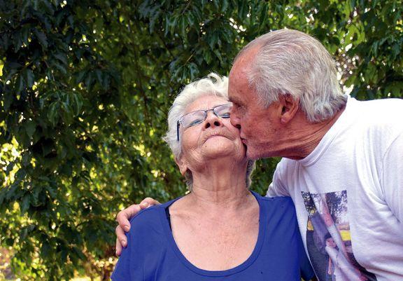 Casados tras seis décadas de postergaciones
