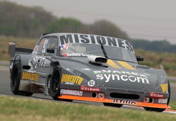 Rudito Bundziak prueba en La Plata en la previa de la doble fecha del TC Mouras