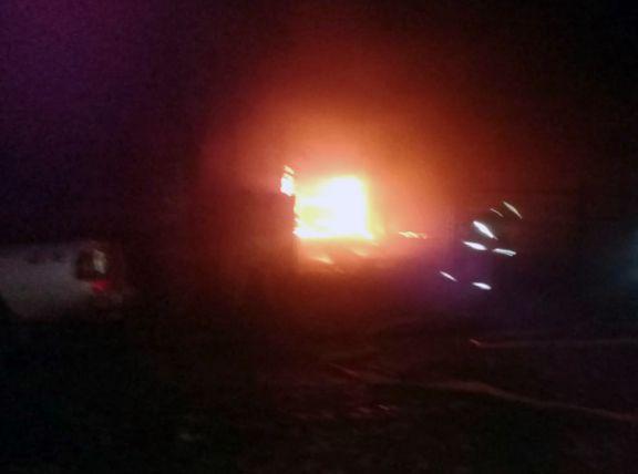 Investigan incendio en automóvil y vivienda del jefe de Gendarmería de San Vicente