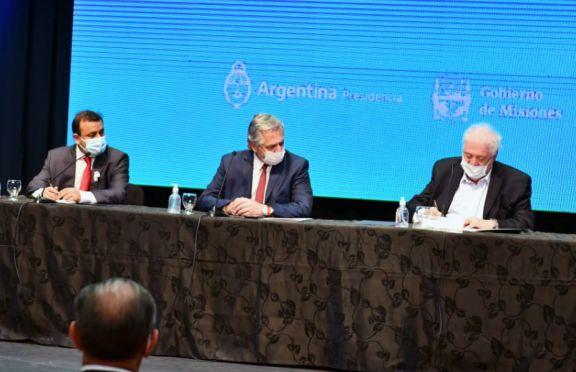 """González García felicitó a Misiones e instó a """"no bajar los brazos"""" ante la pandemia"""