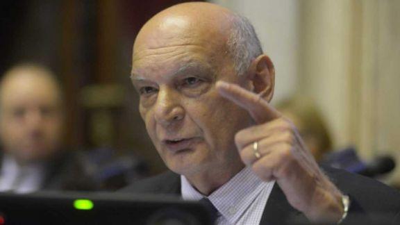Los votos misioneros: Sartori a favor y Pastori en contra