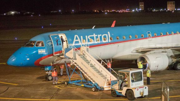 Con expectativa del turismo, volvieron los vuelos a Posadas