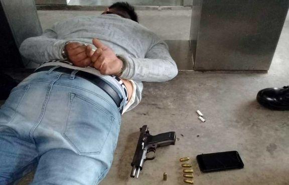 Cayó prófugo de la Justicia tras el robo de una camioneta