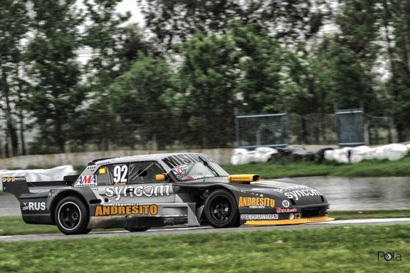 Bajo la lluvia Bundziak se lució y fue quinto en la sexta fecha del TC Mouras