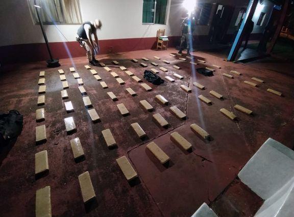 Prefectura secuestró un cargamento de marihuana en Montecarlo