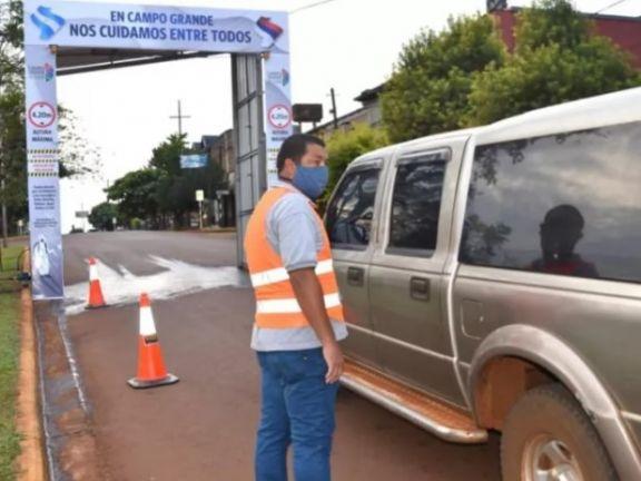 Campo Grande confirmó su primer positivo, no restringirá actividades pero potenciará los controles