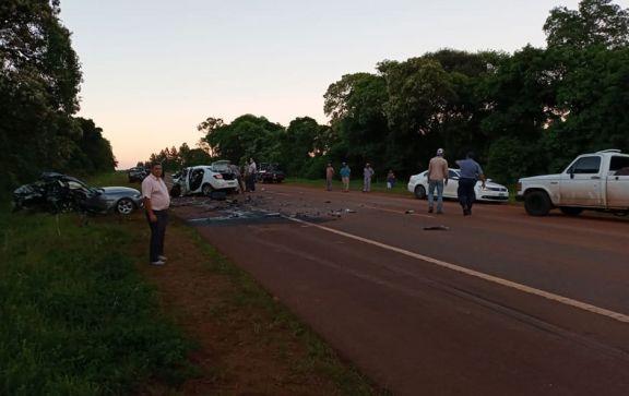 San Vicente: triple choque de autos  dejó tres muertos