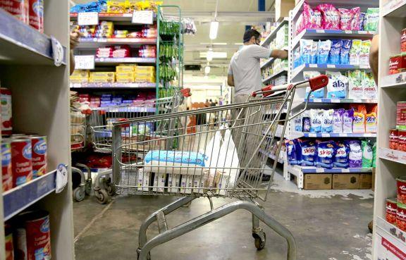 Amplían el horario de atención en supermercados, kioscos y otros rubros