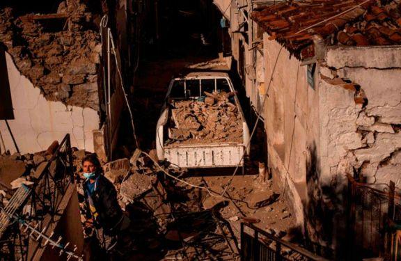 Confirman al menos 27 muertos por el sismo que afectó a Grecia y Turquía