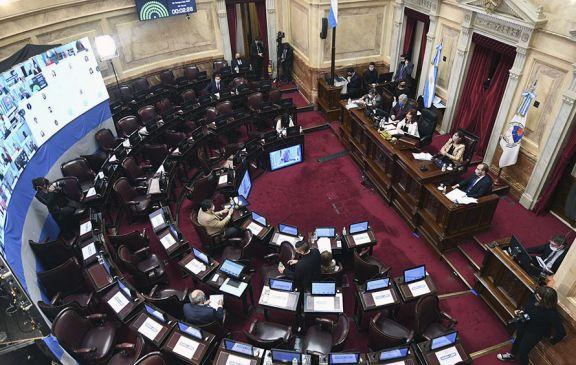 El oficialismo avanzó en el Senado con el dictamen del proyecto de Presupuesto 2021