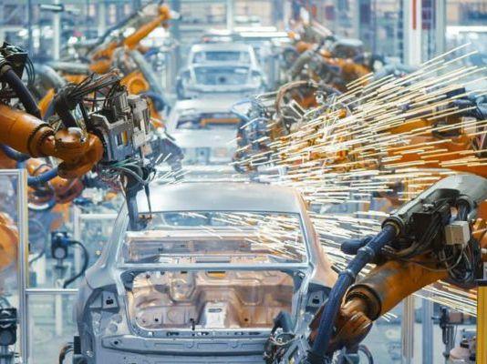 La actividad industrial creció en diciembre 1,5% y en 2020 acumuló una caída de 5,5%
