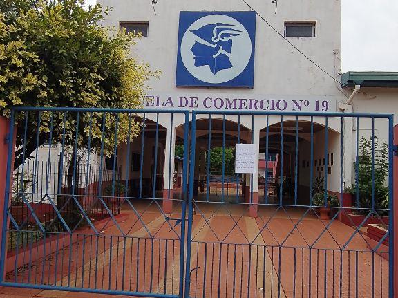 """Tomasa González: """"En estas condiciones es imposible regresar a las aulas"""""""