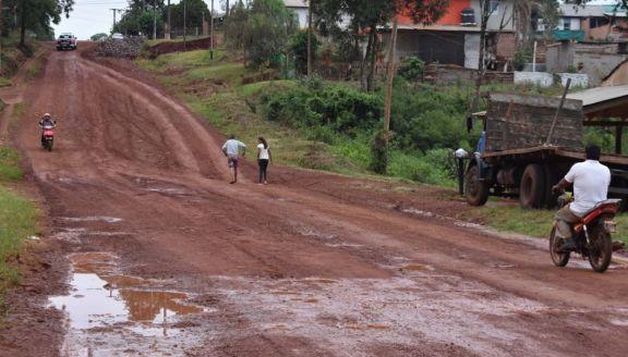 San Pedro: vecinos solicitan finalización de obra vial en transitada avenida