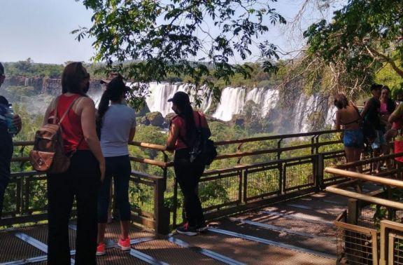Cataratas se abre al turismo nacional este fin de semana
