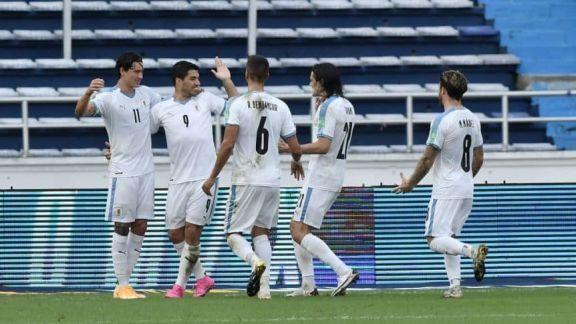 Uruguay cosechó una gran victoria en su visita a Colombia