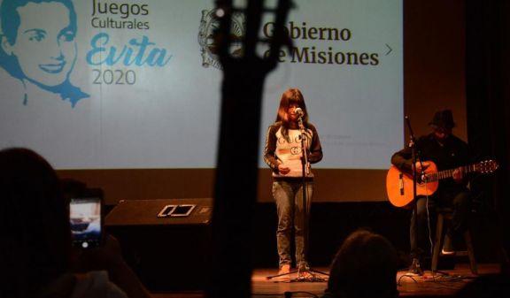 Ya están en marcha talleres virtuales para ganadores de los Juegos Culturales Evita