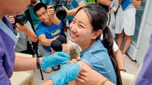 Un millón de chinos ya fueron vacunados