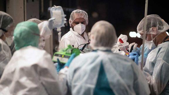 Otros 219 personas murieron y 10.409 contrajeron coronavirus en el país