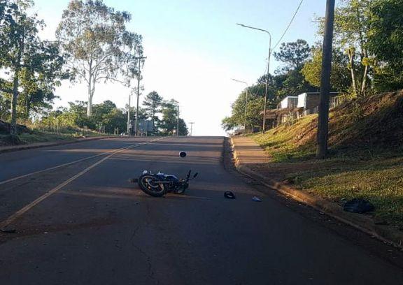 Joven motociclista falleció tras despiste en Cerro Azul