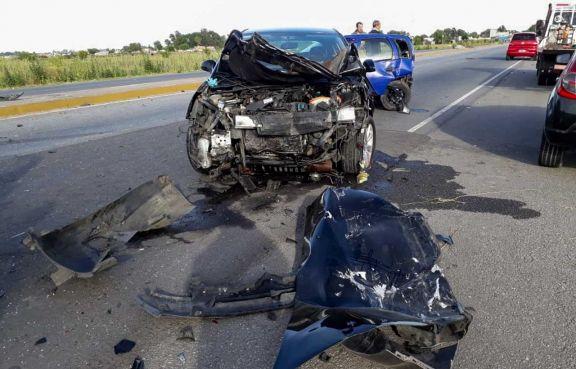 Investigan si un joven murió en siniestro vial o tras una pelea