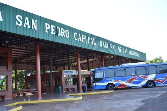 Con amplia demanda hacía Posadas, se activa la terminal de ómnibus de San Pedro