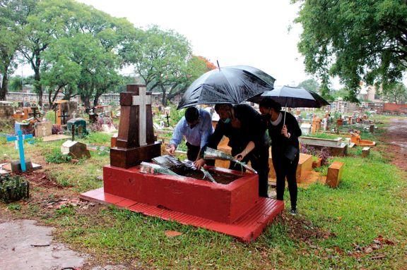 Rescate de la tumba y la memoria de Manuel Antonio Ramírez