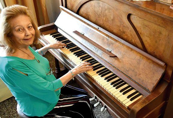 """Beby y sus 55 años con la música: """"Siento amor por lo que hago"""""""
