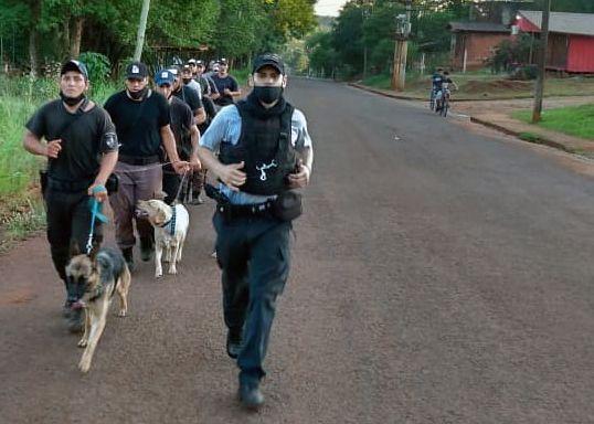 Penitenciarios y policías se capacitaron en adiestramiento canino