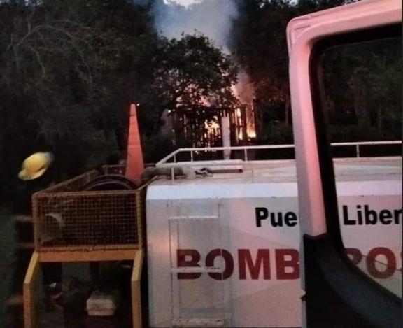 Una vivienda fue consumida por un incendio en Puerto Libertad