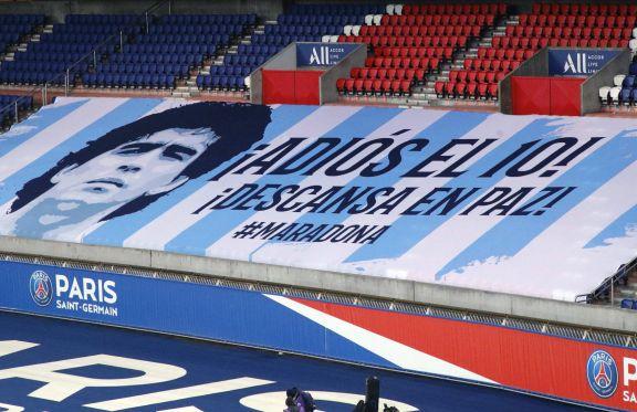 Maradona fue homenajeado en las principales ligas europeas de fútbol