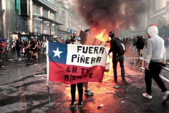 Miles de chilenos volvieron  a exigir la renuncia de Piñera