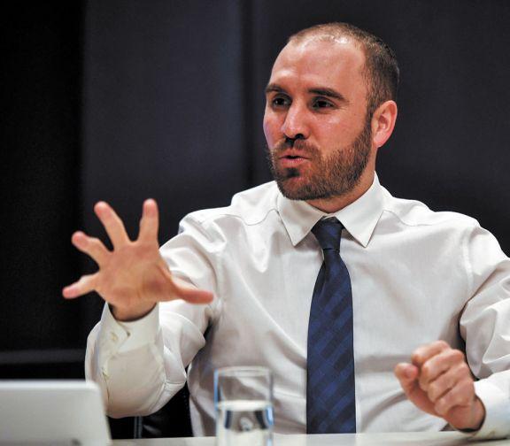Guzmán mostró la hoja de ruta de la economía a empresarios
