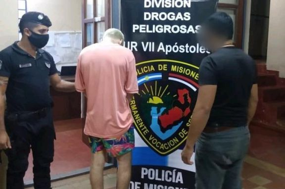 Apóstoles: escapó por los techos con dosis de cocaína pero lo detuvieron