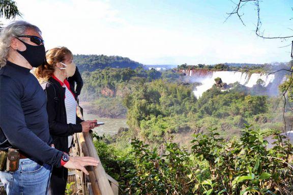 Provincia habilitó el turismo nacional y puso fin a la prohibición de circular