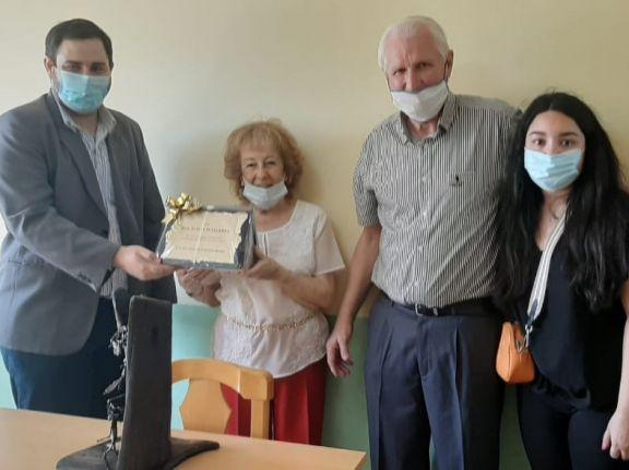 Reconocimiento para una pediatra de Alem por su labor en 51 años de trayectoria