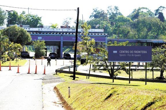 Brasil y Paraguay insisten en abrir la frontera terrestre con Misiones