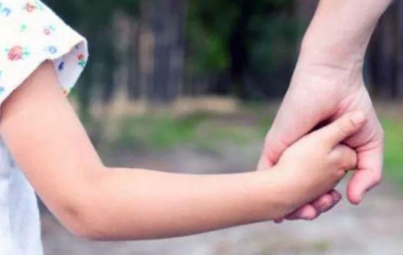"""Pedido en Eldorado: """"Las familias solidarias deben estar inscriptas en el Registro de Adoptantes"""""""